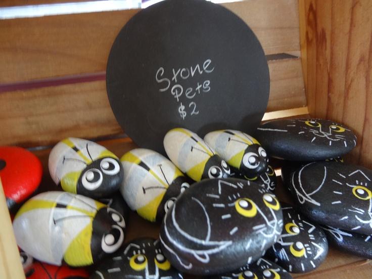 Super cute 'Stone Pet' souvenirs  http://www.amazeme.co.nz/