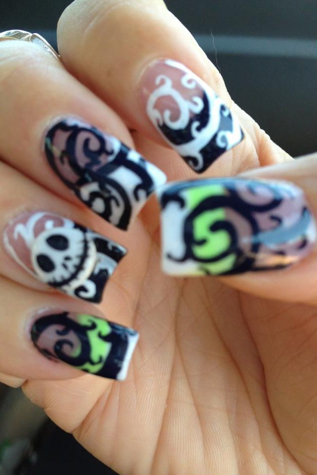 i like the swirly design on the whole nail it would be great for glow in the dark nails!!