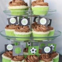 Cumpleaños fútbol y cupcakes sin gluten ni huevo/ Soccer birthday party  gluten/egg free cupcakes