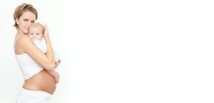 Camille et Jean attendent leur premier enfant et le terme approche. Camille se repose chez elle quand apparaissent les premières contractions...  Vivez en 3D et de manière réaliste l'arrivée de l'heureux évènement, en aidant Camille à gérer sa douleur et à se préparer pour la maternité.  Elle y sera prise en charge par Audrey la Sage-Femme, qui veillera au bon déroulement du travail et nous apportera de nombreuses informations utiles.