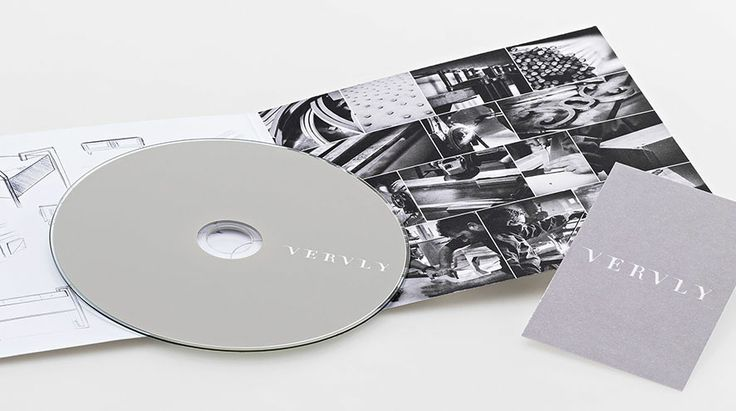 Biancoflash - Brochure CD and business card Vervly / Design: Vervly  www.vervly.it - #luxury #furniture #madeinitaly #design