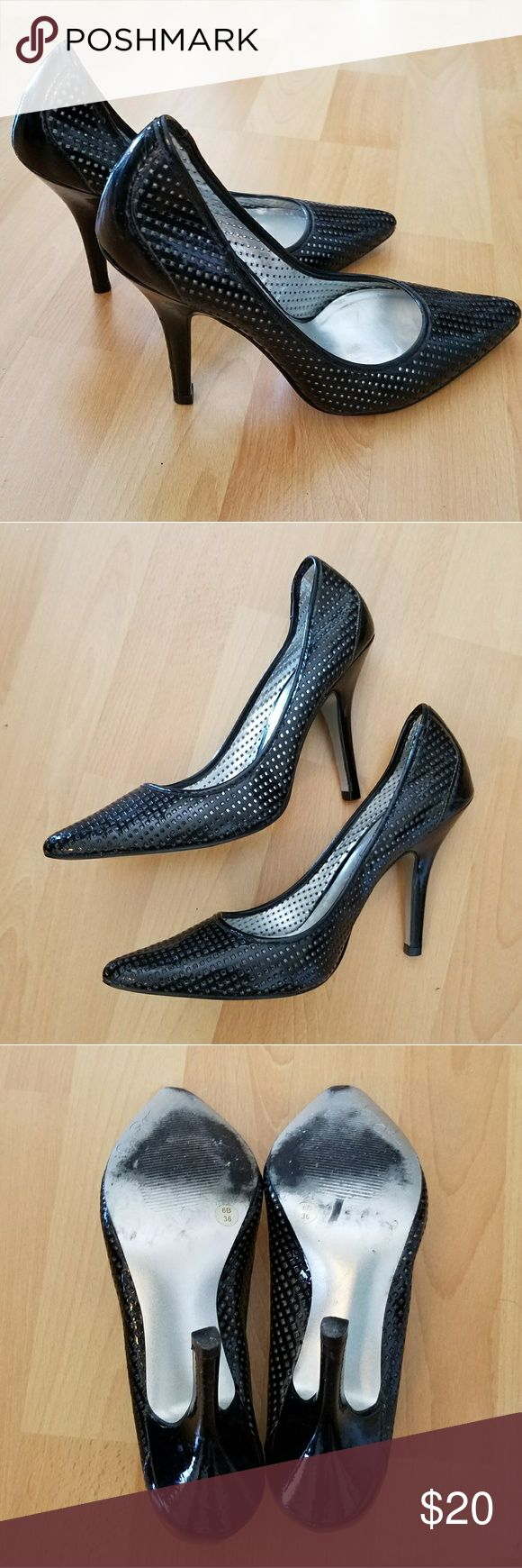 """Black Patent Leather Stilettos by Jessica Simpson Sexy shiny black heels with """"mesh"""" pointed toe and mid height height skinny heels that make your legs long and lean! Perfect for day or evening! In great used condition. No odors, Jessica Simpson Shoes Heels"""
