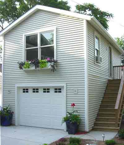 25 best ideas about garage loft on pinterest garage for Apartment garage storage
