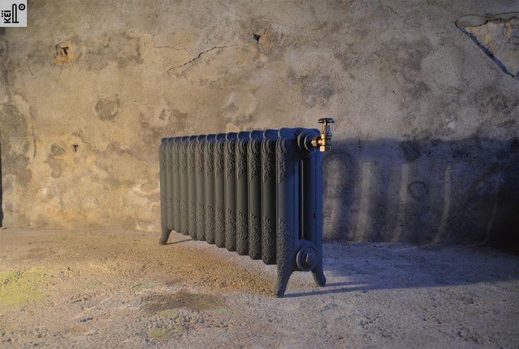 Radiateur ancien sous fenêtre, 51 cm de Hauteur Fleuri motif Rococo. Cast Iron Radiator