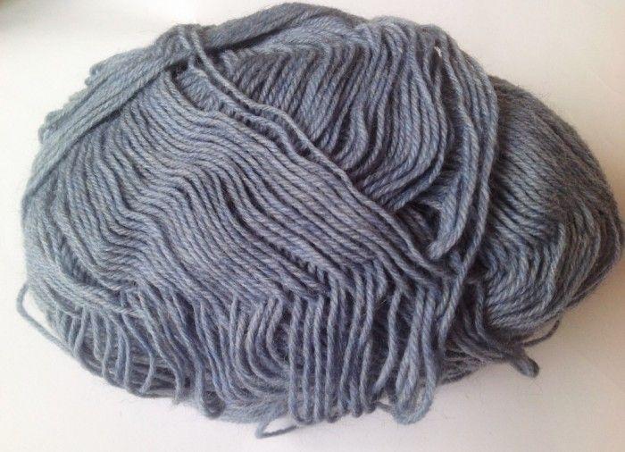 Fir de tricotat sau crosetat , lana 75% cu poliamida , moale , bleu petrol, 600g pt, Luca