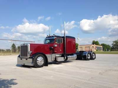 Used 1986 Peterbilt 359 for Sale in Arkona, ON Buy a Peterbilt 359 EXD Custom Stretched Hood Hot Rod Conventional Semi Truck with 0 miles