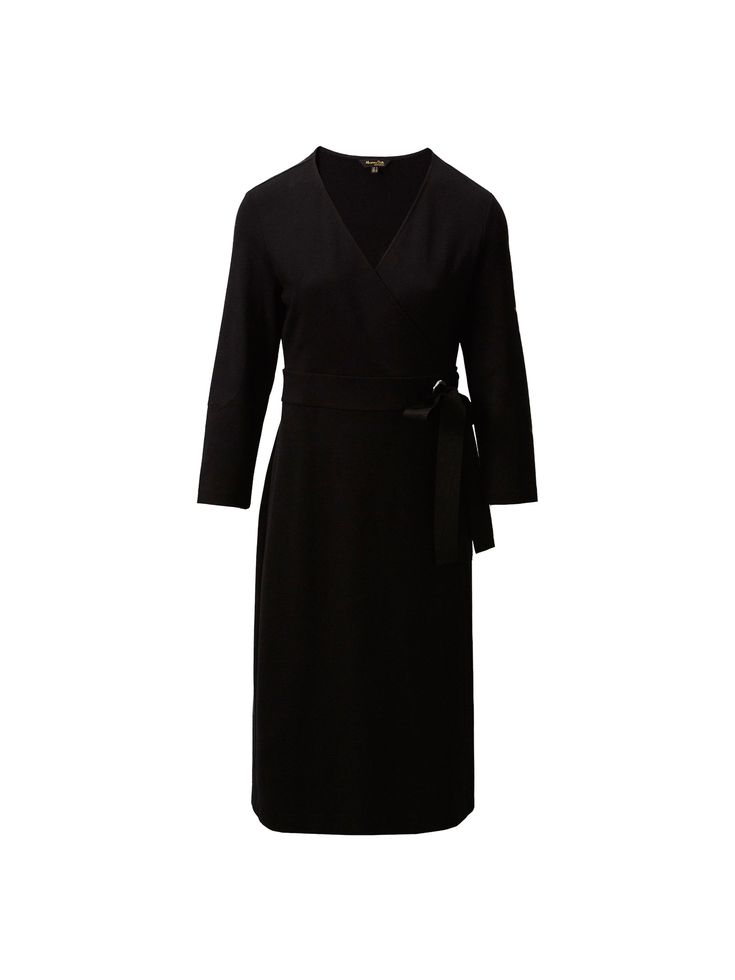 Black crossover dress. Features an A-line silhouette, V-neckline, side bow detail and 7/8 sleeves. The garment length for size M is 107 cm.