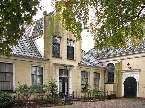 Hoogezand - Damkerk met pastorie