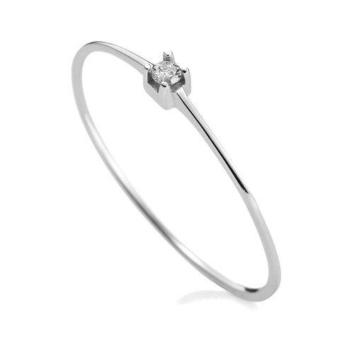 bce1bb377fdef Anel em ouro branco 18k com 4 pts de diamantes - Coleção Solitário   Vivara    Piercings e Fashion