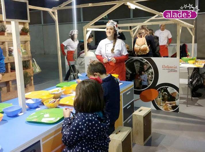 Animación Turística en Expojove Valencia www.alade3.es