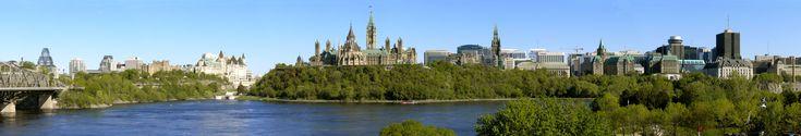 Ottawa, capital de Canadá, al igual que muchas ciudades canadienses es una ciudad prospera y amigable. En la imagen una panoramica de la bella Ciudad-Capital