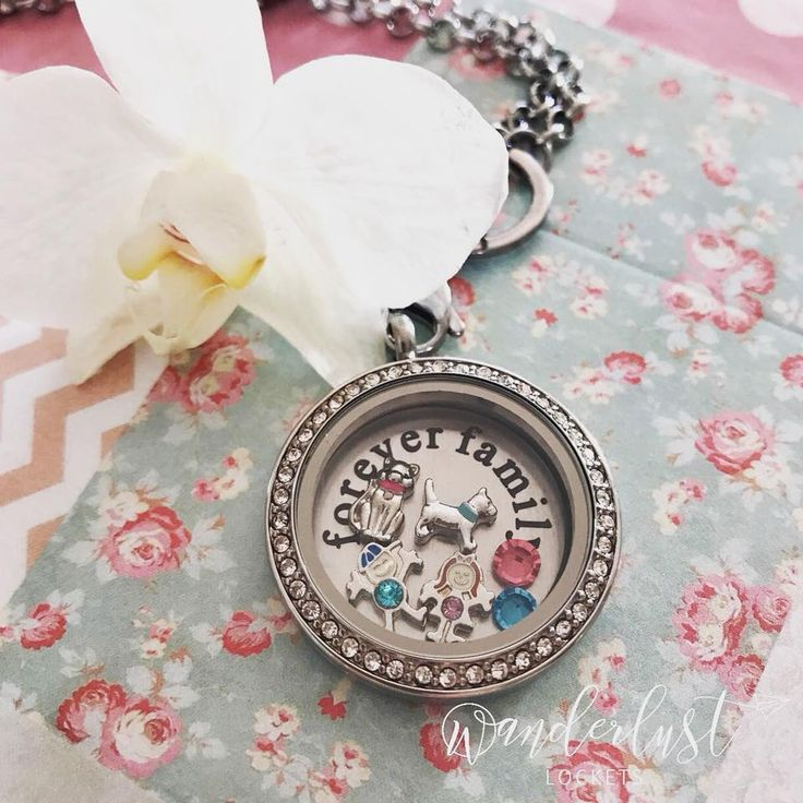 forever family, Holidays are coming to an end, so treasure those special moments with the kids while you can #foreverfamily #family #wanderlustlockets #charms #locket #holiday #summer