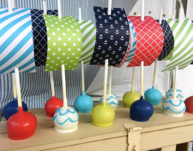 Make Waves with these Nautical Cake Pops from @allison McWhorter