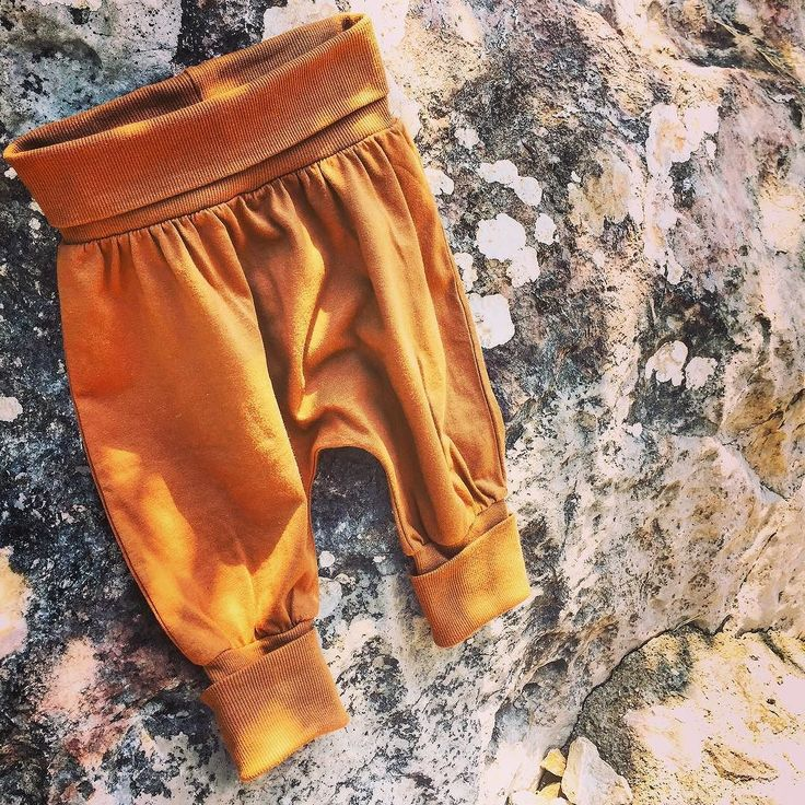 Leo and Yaz Harem Pants are ready for exciting outdoor times Leo ve Yaz Harem Pantolonları heyecanlı dış mekan zamanları için hazır  #leoandyaz #green #yeşil #organic #organik #instagood #instababy #instacute #naturelovers #nature #babyfashion #toddlerfashion #çocuk #bebek #organicsforeveryone #organikherkesicindir #internetanneleri #organicmom #kidsfashion #harempants #istanbul #igbabies #igkids #natureaddict #happy #happmom #happykids #photoofday