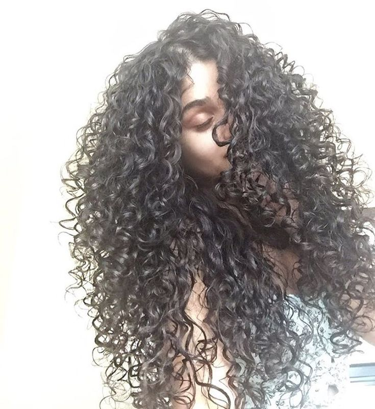 The smell of fresh hair 😩🌀 #BounceCurl