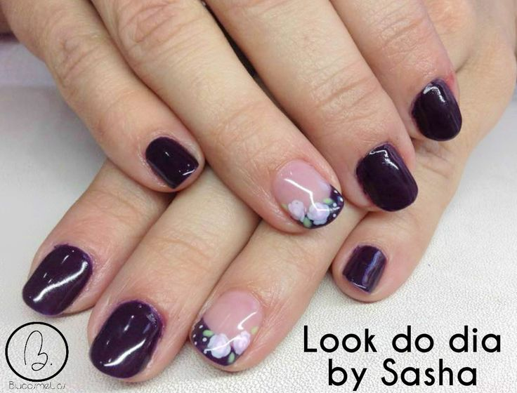 Hoje no #lookdodia temos o trabalho da nossa técnica Sasha Crane-Smith, aqui fica mais um look com a cor top desta estação, com um nail art floral lindo! Para adquirir os artigos da imagem pode aceder ao nosso site: http://biucosmetics.com/ As cores utilizadas pode visualizá las no link abaixo: http://biucosmetics.com/dark-lila-7-5-ml.html Nail art: http://biucosmetics.com/tinta-acrilica-snow-white-10ml.html