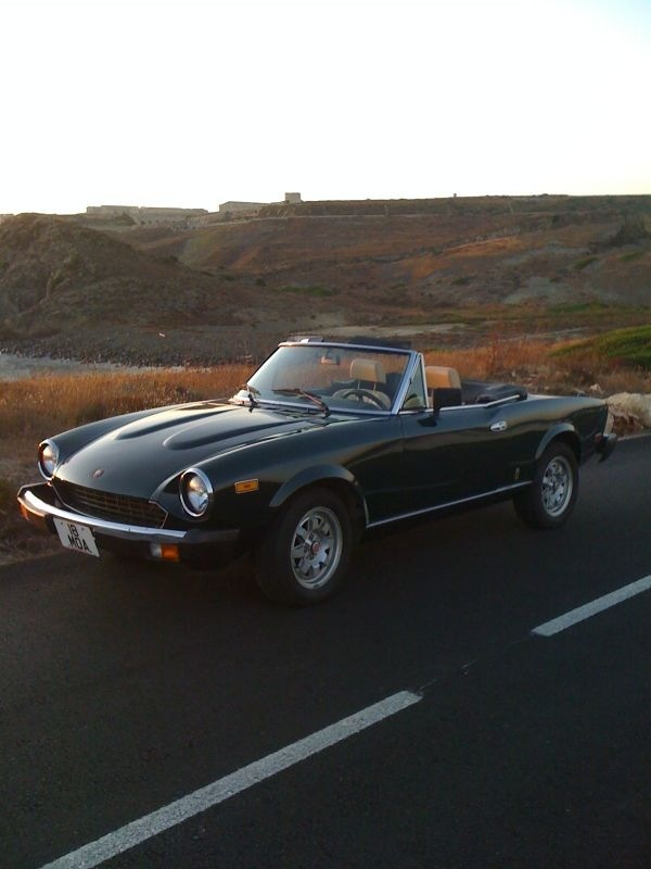 I had a 1981.  I still have dreams about that car. Fiat Spider
