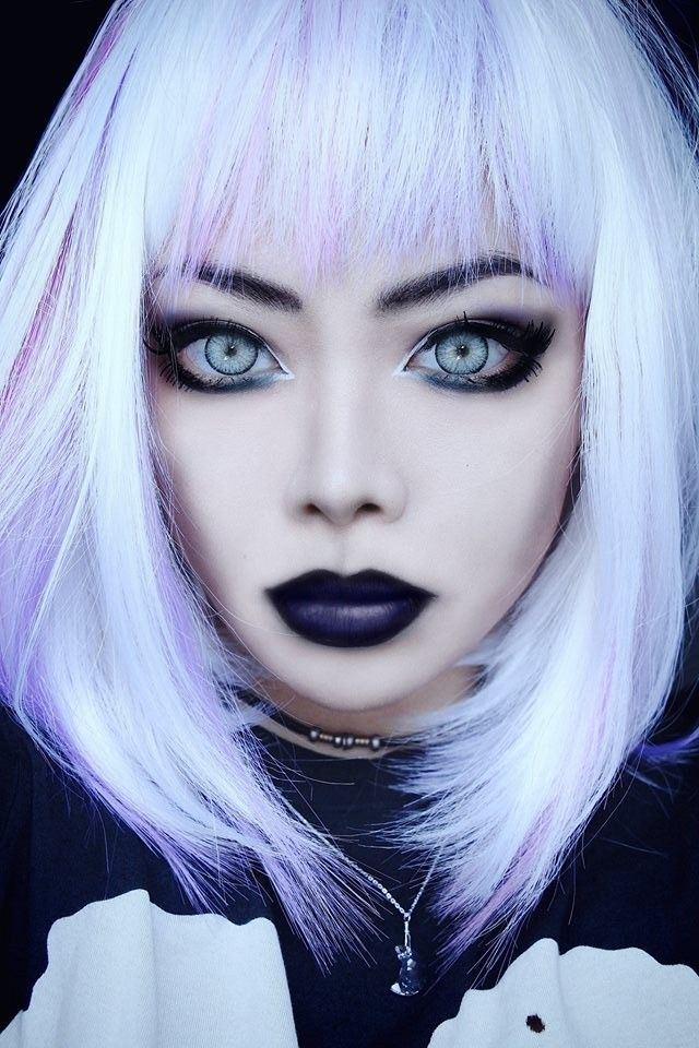 http://www.rebelsmarket.com/blog/posts/how-to-dress-goth-and-not-scare-your-mother