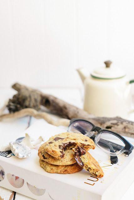 Hummingbird-ish CakeCoffee, Hazelnut and Dark Chocolate Caramel SliceTorta della Nonna - Italian 'Grandma's cake' with lemon custard and pine nutsOld-Fashioned Date, Bran