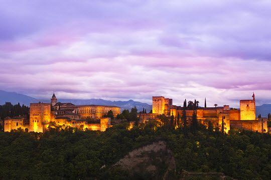 Alhambra, Granada I love!! Esta foto es desde San Nicolás. Allí viven mis abuelos. I love my Home :)