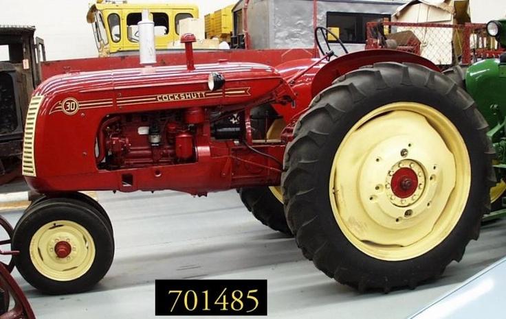 les 25 meilleures id es de la cat gorie tracteur charrue sur pinterest tracteur anniversaire. Black Bedroom Furniture Sets. Home Design Ideas