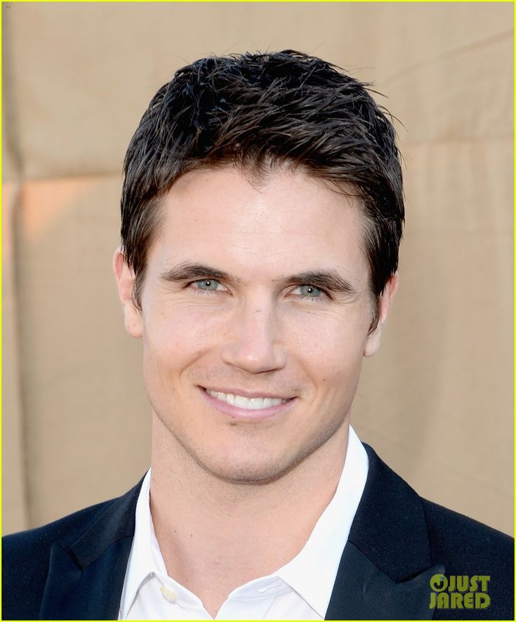 1000 images about robbie amell on pinterest to die for. Black Bedroom Furniture Sets. Home Design Ideas