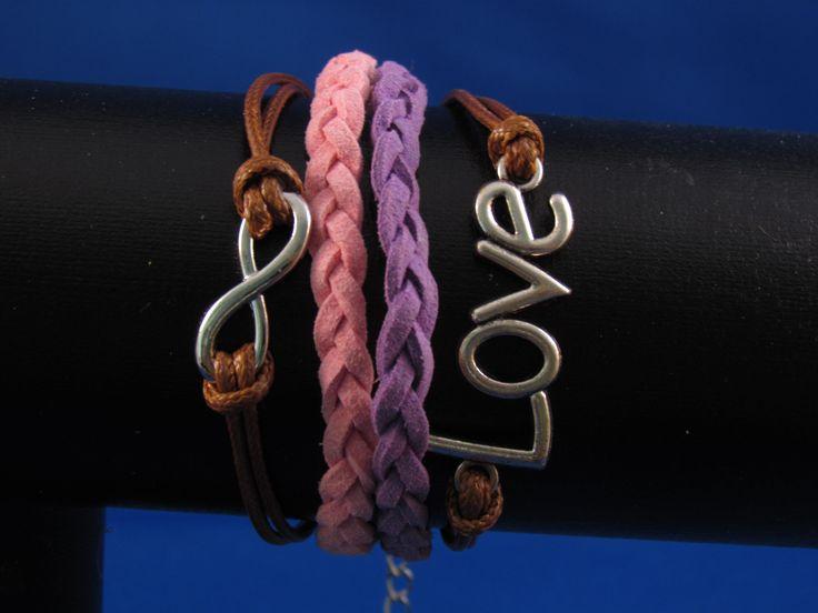 Armband paars-roze-bruin Artikelnummer: 0678 Prijs: € 4,95