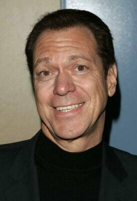 Comedian and actor Joe Piscopo suffered from thyroid cancer. Piscopo is a long-term thyroid cancer survivor -- his thyroid cancer was diagnosed in the 1990s.