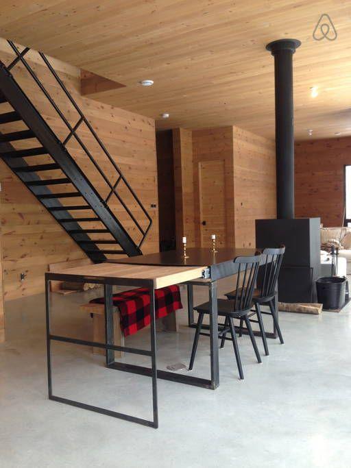 Regardez ce logement incroyable sur Airbnb : Chalet sur le Lac - Chalets à louer à Mandeville