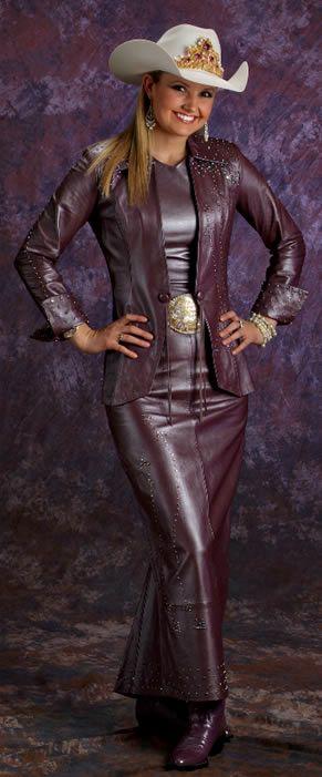 Amy Wilson, Miss Rodeo America 2008, wears a 3 piece mauve pearlized ...291 x 701 | 40.3KB | www.dantonleather.com