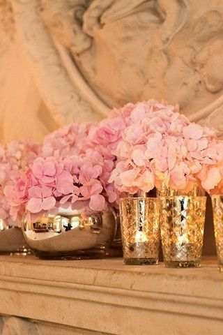 Sparkly gold vase and candle holders for the table centerpieces #wedding #diywedding #gold #goldwedding #centerpiece