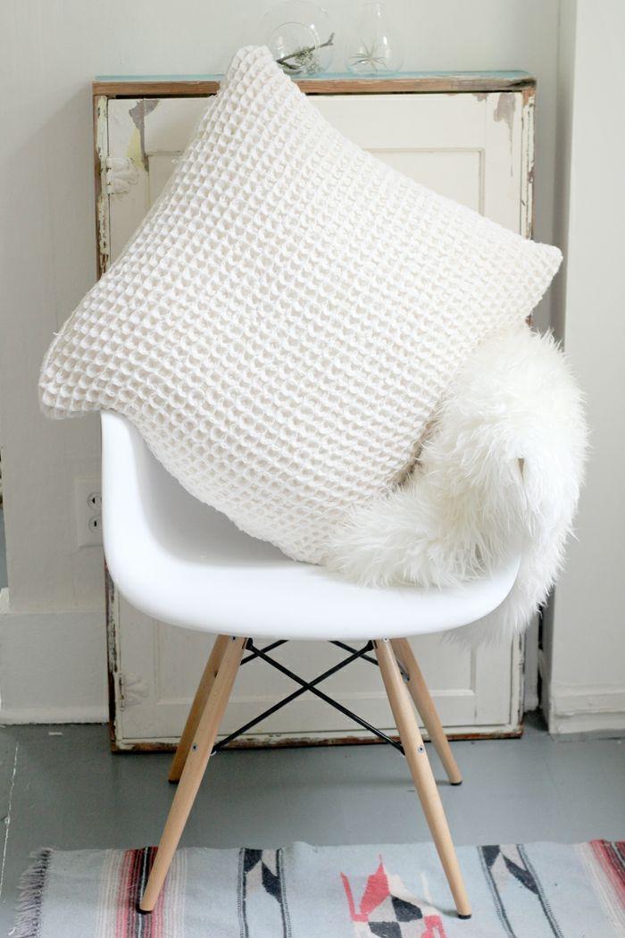 Weißes Minimalistisches Kissen Selbst Gestalten