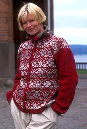 """DROPS Norwegian jacket in """"Silke-Tweed"""" with details on collar and sleeves in Pelsprint. Size S-L. ~ DROPS Design"""