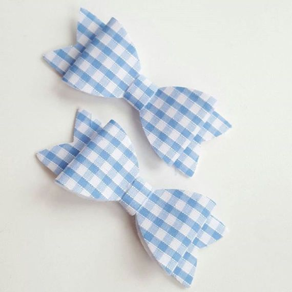 Check out this item in my Etsy shop https://www.etsy.com/uk/listing/519414047/gingham-bows-baby-headband-baby-bow