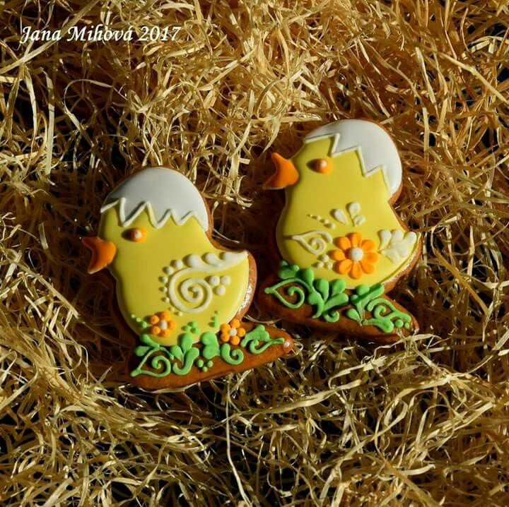 Gingerbread chickens