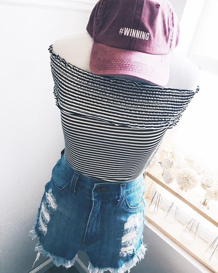 """New Samantha Stripe Off-Shoulder Top! 😍 Soo many NEW ARRIVALS online now! 🙌 Get 15% OFF all new arrivals today! 😱 Use code """"LOVE"""" 💕All items available in super limited quantities @ www.shopgracieusa.com! 👉@shopgracieusa #shopgracieusa"""