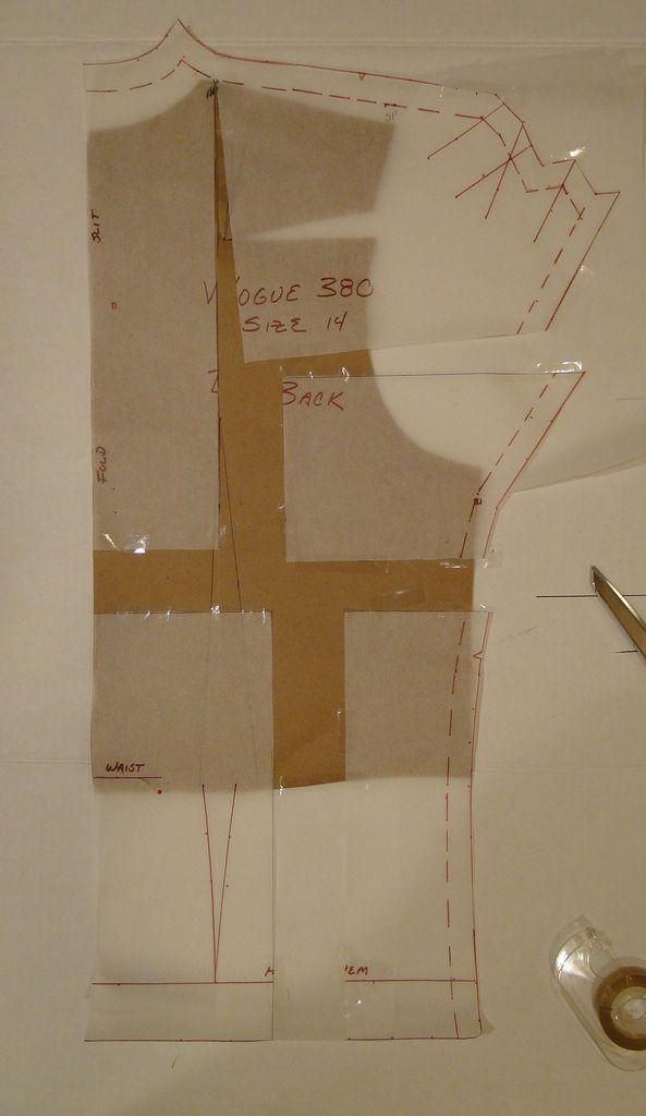 SewTawdry: VIntage Patterns - Resizing using a sloper - Part 1