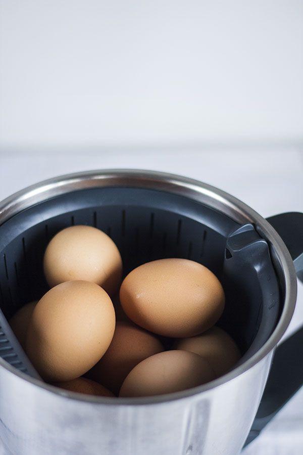Más de una vez te habrás planteado cómo sacar más partido a tu Thermomix y vamos a empezar a exprimir al máximo nuestro robot de cocina con trucos, técnicas y recetas que no os van a dejar indiferente
