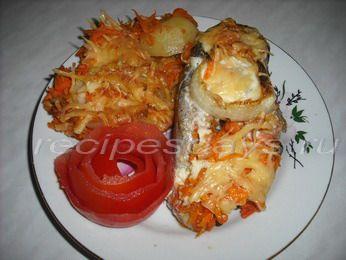 горбуша запеченная в духовке с овощами и сыром