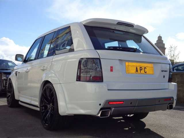 2007 Range Rover Sport 2.7 TDV6 auto estate. AP Customs Stage 4. White with black and red interior.