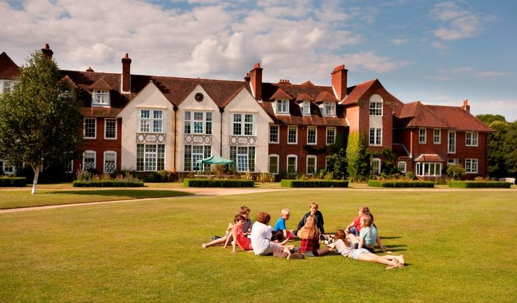Highfield Summer School offers overseas students aged 8 – 15 years, a three week taster of life in a real English Country Boarding School; it's a year at High eld in miniature! Great opportunity to study for short time at this boarding school: http://best-boarding-schools.net