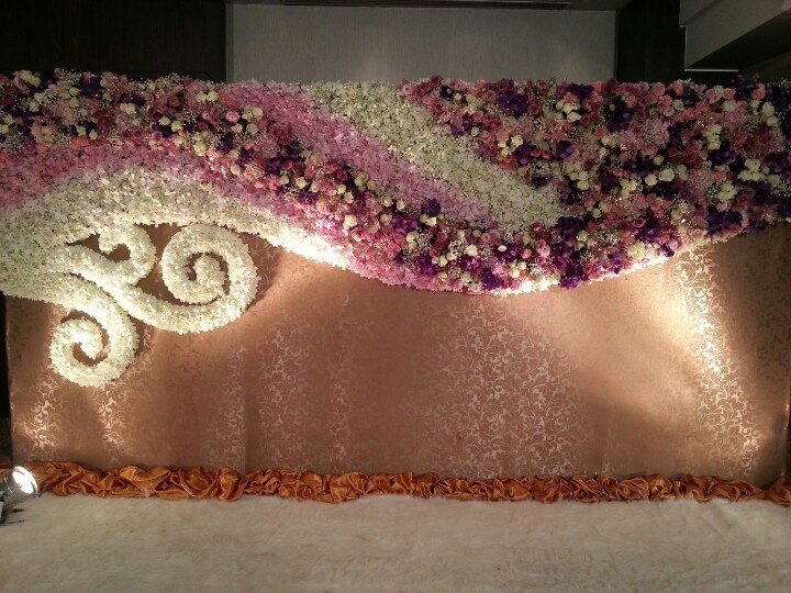 Flower Backdrop at Sofitel Bangkok Sukhumvit by Glip Sales Superstar