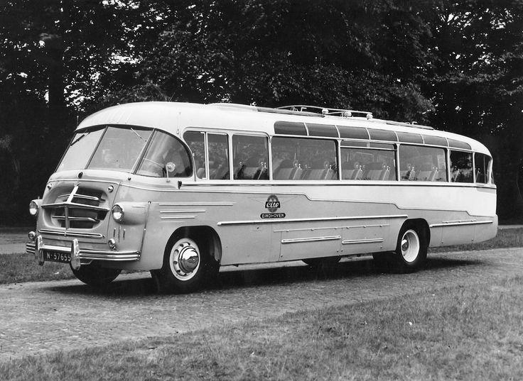 DAF bus.