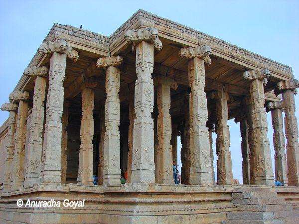 Pavillion of Peanut Ganesha temple at Hampi