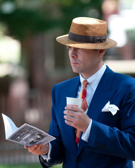comparing jazz age to the great Free essay: comparison and contrast in the great gatsby the success of francis scott key fitzgerald's the great gatsby is in part due to his successful.