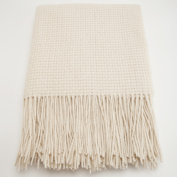Basketweave Cashmere Blend Throw in Crème