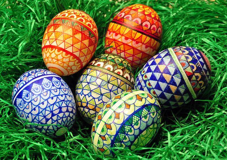 Radosnych Świąt Wielkanocnych, odpoczynku w rodzinnym gronie oraz pasma sukcesów i spełnienia wszystkich marzeń życzy - SavaAuto.