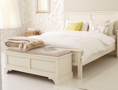 Clifton Ivory Blanket Box