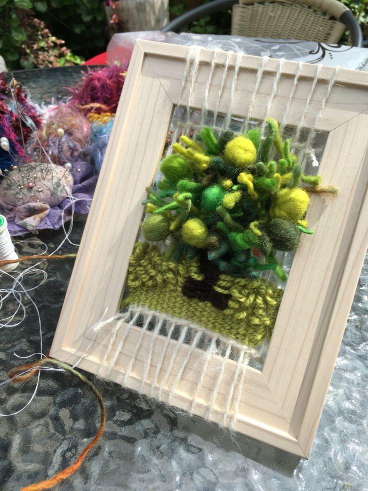 Árbol en telar decorativo de María Antonieta Thomas
