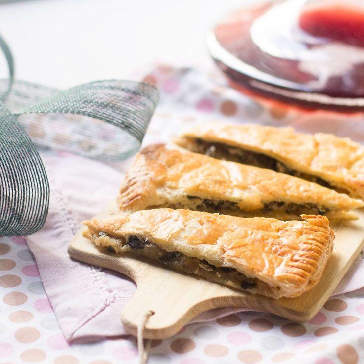 Tartaleta de hojaldre con cebolla caramelizada, champiñones y gorgonzola | Trucos de cocina Thermomix | Bloglovin'